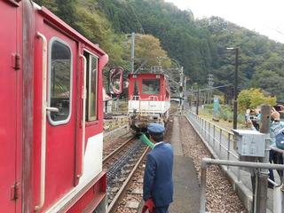 アプト式機関車の連結.JPG