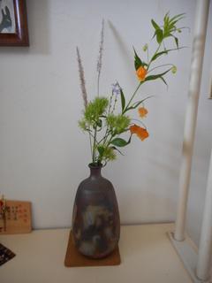 野の花の生け花 HP用.JPG